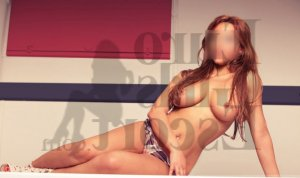 Lusia call girl & happy ending massage